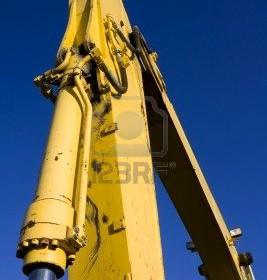 Przewody, uszczelnienia oraz siłowniki hydrauliczne