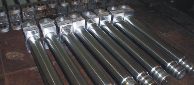 Uszczelnienia, filtry oraz przewody hydrauliczne